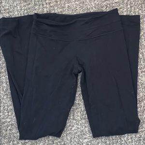 lululemon reversible boot cut leggings size 6